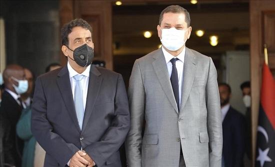 ليبيا.. الدبيبة والمنفي يرحبان بإطلاق سراح أسرى لحفتر
