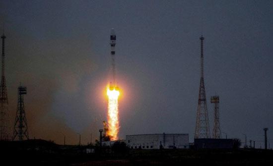 أول قمر صناعي تونسي مصنع محليا ينطلق بنجاح إلى الفضاء