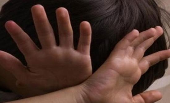 استدرجها عبر واتساب.. الشرطة تقبض على متهم  بالاعتداء على قاصر قبل هروبه