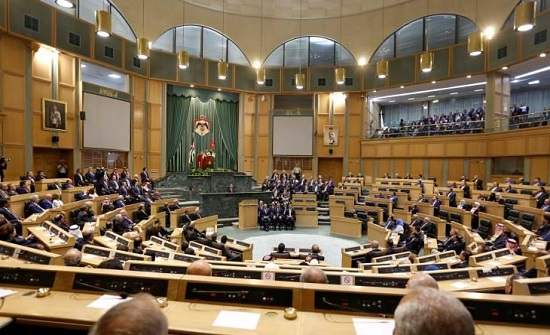"""البرلمان بصدد """"السؤال اللغم"""": لماذا تم رفض """"عرض جزائري"""" مغرٍ وتوقيع """"الغاز الاسرائيلي""""؟"""