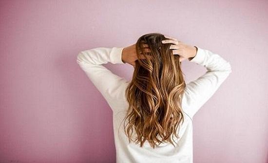كيف تحافظين على شعرك في الشتاء؟