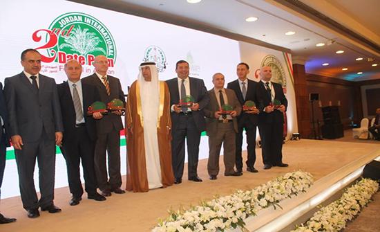 افتتاح المهرجان الدولي الثاني للتمور الأردنية
