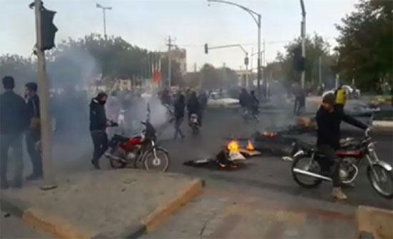 إيران: الأوضاع ستعود إلى سابق عهدها خلال يومين ومشكلة قطع الإنترنت ستحل تدريجيا