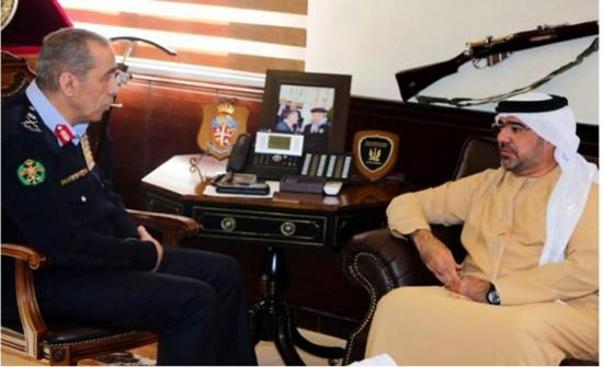 اللواء الحمود يلتقي مدير أكاديمية شرطة دبي