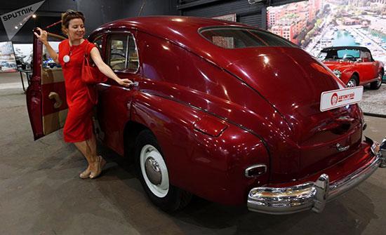 بالصور : افتتاح أكبر متحف للسيارات العريقة في روسيا