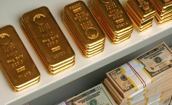 """الذهب ملاذ آمن للمستثمرين من شبح التباطؤ العالمي""""ارتفاع سعر الذهب"""""""