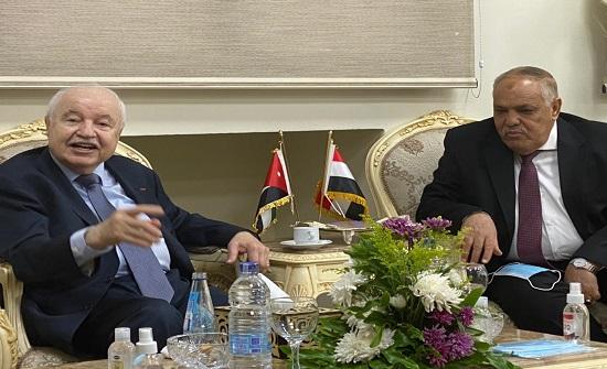 ابو غزاله تدشن خطوط إنتاج لاجهزة التابلت واللاب توب بمصر
