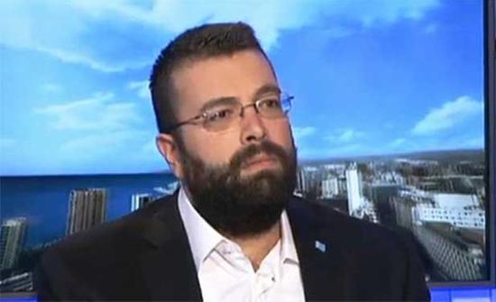 """أحمد الحريري يهاجم عون بـ""""الدليل"""": تويتر فخامتك يكذبك"""