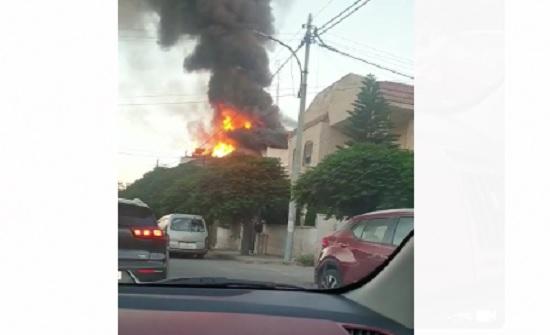بالفيديو : حريق كبير داخل فيلا بالقرب من الدوار السابع