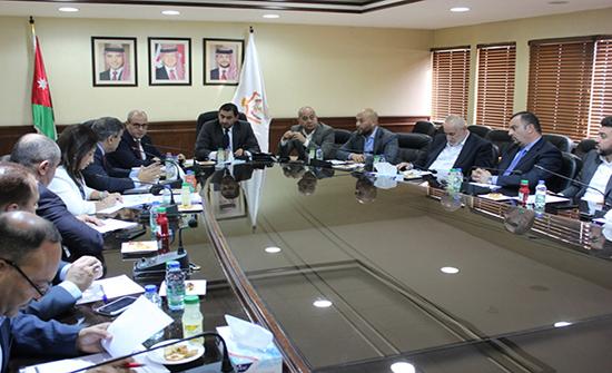 الحموري يبحث مع قطاع الادوية ابرز تحديات ومشكلات القطاع