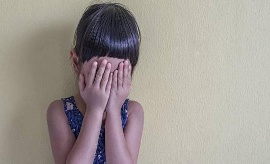 لبنان : اتهام رجل بالتحرش بطفلة لإجباره على ترك مسكنه