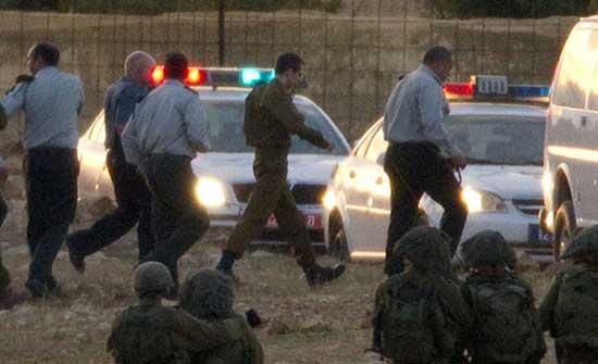 """""""رجل الظل"""" في صفقة شاليط يقدم نصائح للتفاوض مع حماس"""