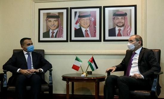 وزير الخارجية يجري مباحثات مع نظيره الايطالي