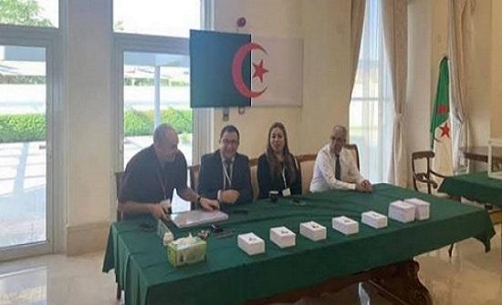 """انتخابات الجزائر.. مكاتب اقتراع تغلق أبوابها بعد """"مناوشات"""""""