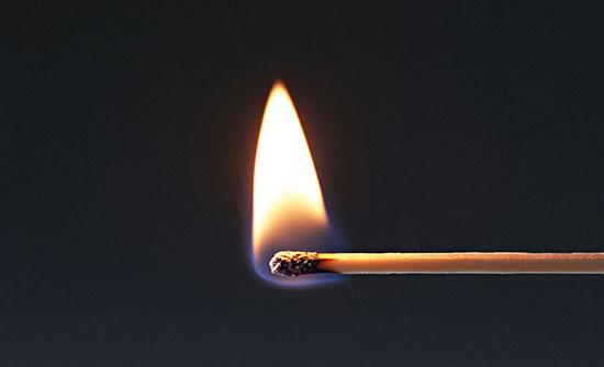 وفاة سيدة أحرقها زوجها  في عمّان