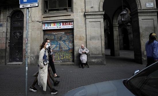 إسبانيا: ارتفاع معدل الإصابة التراكمي بفيروس كورونا مجدداً