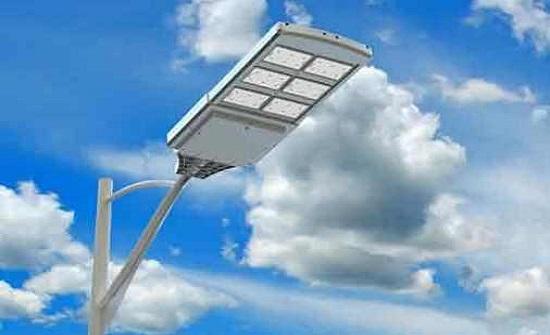 عجلون: تركيب 24 الف وحدة انارة موفرة للطاقة