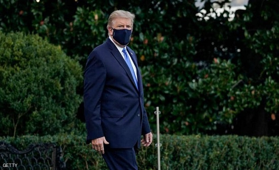 """ترامب """"يغرد"""" بعد نقله للمستشفى..وطبيب البيت الأبيض يكشف وضعه"""