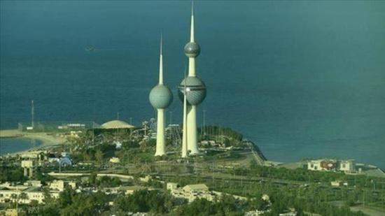 الكويت.. التحفظ على أموال 10 من مشاهير مواقع التواصل