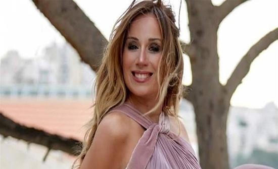 كارين رزق الله وصورة لمنزلها المدمر جراء انفجار آب