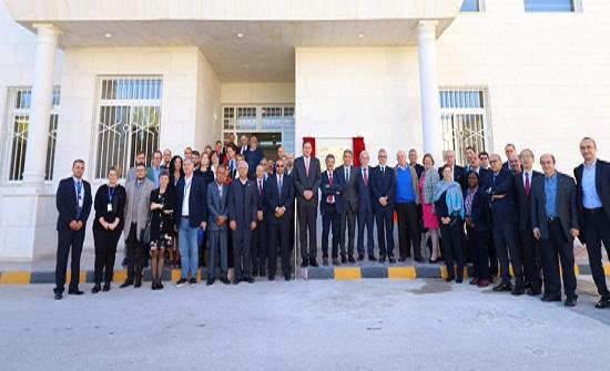 افتتاح دار ضيافة المركز الدولي لضوء السينكروتون والعلوم التجريبية في علان بكلفة 5ر1 مليون دينار