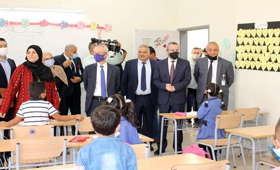 أبوقديس: لا رجعة عن التعليم الوجاهي في المدارس