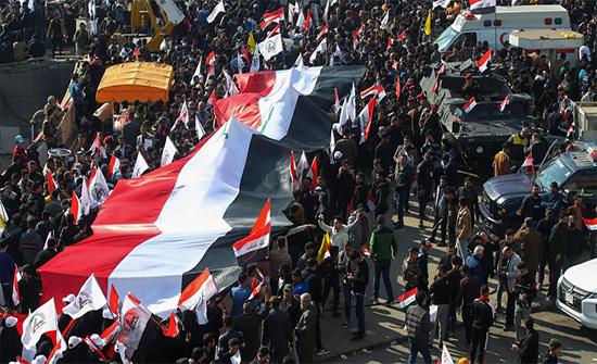 العراق: تجدد الاحتجاجات في الناصرية وصدامات بمحيط ساحة الحبوبي .. بالفيديو