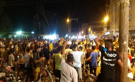 إيران.. احتجاجات واسعة بمناطق الأهواز وسقوط قتيل