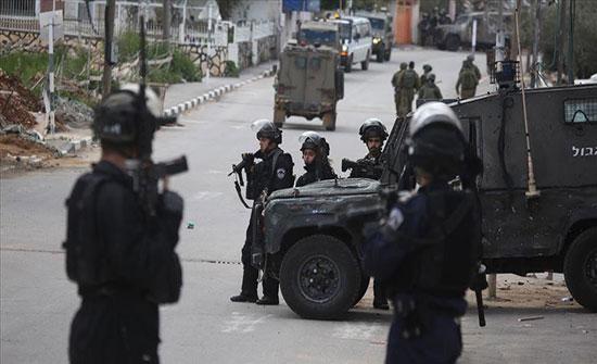 الجيش الإسرائيلي: اعتقال 3 فلسطينيين تسللوا من غزة