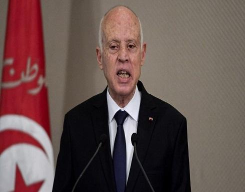 بعد حادثة السحل.. رئيس تونس للمشيشي: لا أحد فوق القانون