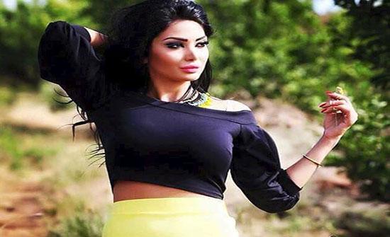 بالفيديو : نجمة باب الحارة دانا جبر تستعرض لياقتها البدنية في النادي الرياضي