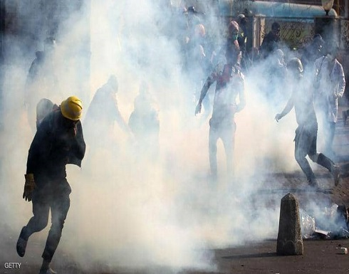 سيارات مدنية تطلق النار على متظاهرين في بغداد