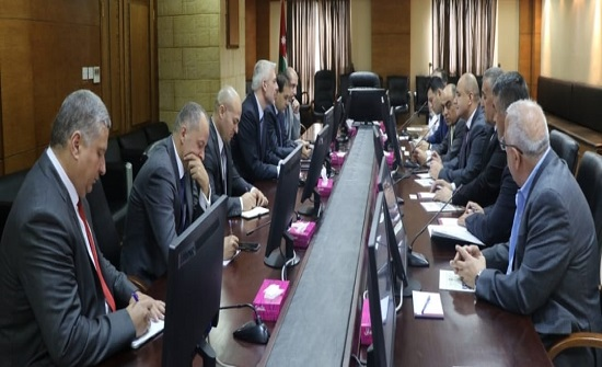 وفد اعمال طاجيكي يبحث التعاون الاستثماري مع الأردن