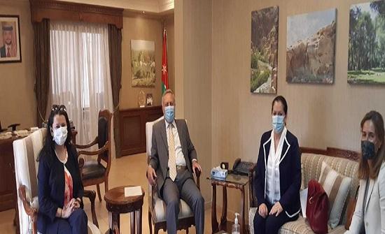 وزير البيئة يبحث مع الأمين العام المساعد للأمم المتحدة التعاون المشترك