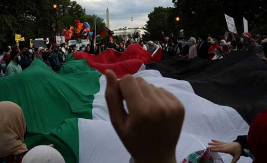 """مظاهرة حاشدة في واشنطن تنديدا بـ""""الجرائم الإسرائيلية"""" بحق الشعب الفلسطيني"""