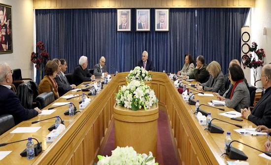 تربوية الأعيان تناقش سياسات التعليم العالي في المملكة