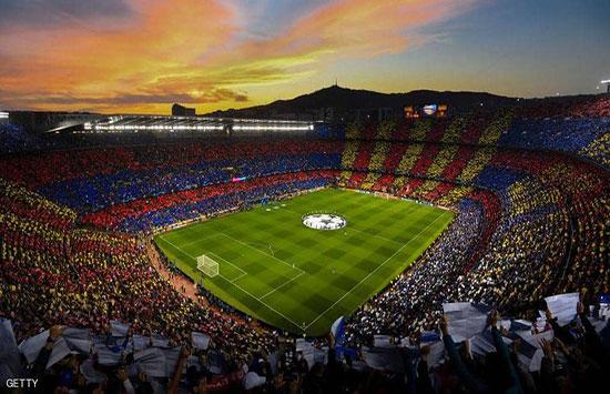 برشلونة يخطط لاستعادة نجمه السابق