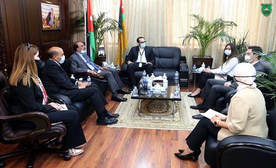 مذكرة تفاهم بين الجامعة الأردنية وأمازون العالمية