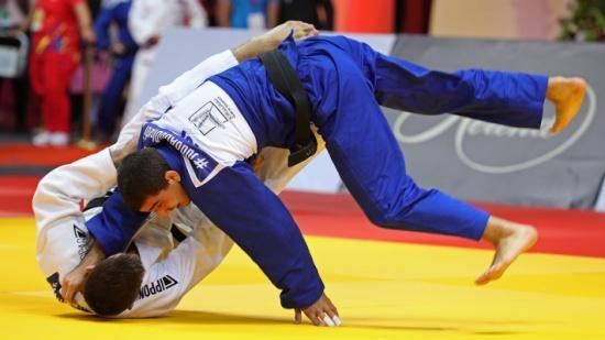 لاعب منتخب الجودو عيال سلمان يعسكر في تركيا استعداداً للأولمبياد