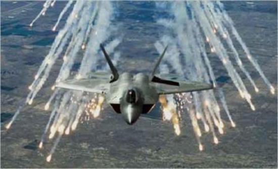 الطيران الأميركي يقصف جزيرة يقطنها داعشيون بالعراق