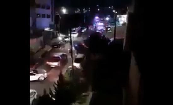 بالفيديو :  مشاجرة واسعة واطلاق عيارات نارية في طبربور والشرطة تتدخل