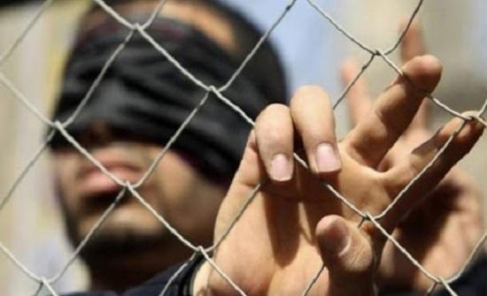 مسؤول فلسطيني يحذر من استشهاد أسيرين لدى إسرائيل