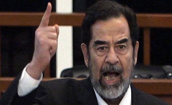 """شاهد ..رغد صدام حسين تنشر فيديو """"مؤثر"""" لوالدها مع طفله: """"أصابك الخونة"""""""