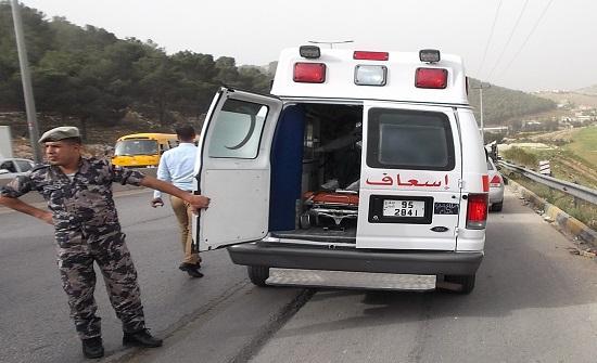 إصابة 4 أشخاص اثر حادث تصادم في عمان