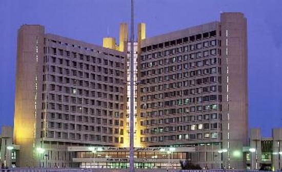 عملية نوعية بمستشفى الملك المؤسس لمريضة تعاني من تكلسات بالمفصل الصدغي