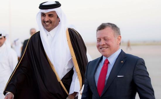 الصحف القطرية: الشيخ تميم يولي اهتماما كبيرا لتطوير العلاقات مع الأردن