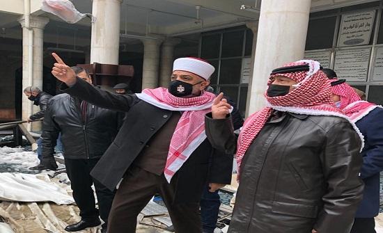 بسبب الثلوج: انهيار القبة السماوية للمسجد الحسيني ... والملك يأمر بانشاء اخرى على نفقته