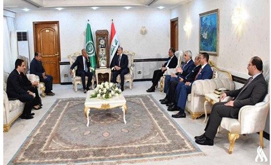 وزير الخارجية العراقي يلتقي أمين عام الجامعة العربية