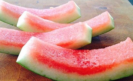 لا تتخلص منه بعد اليوم.. 5 استخدامات لقشر البطيخ غير متوقعة