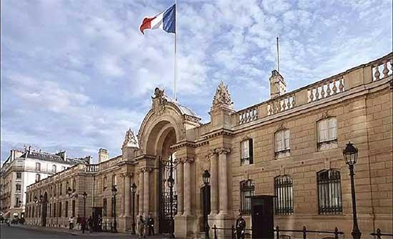 فرنسا تؤكد الوقوف إلى جانب تشاد وماكرون يعزي بوفاة رئيسها
